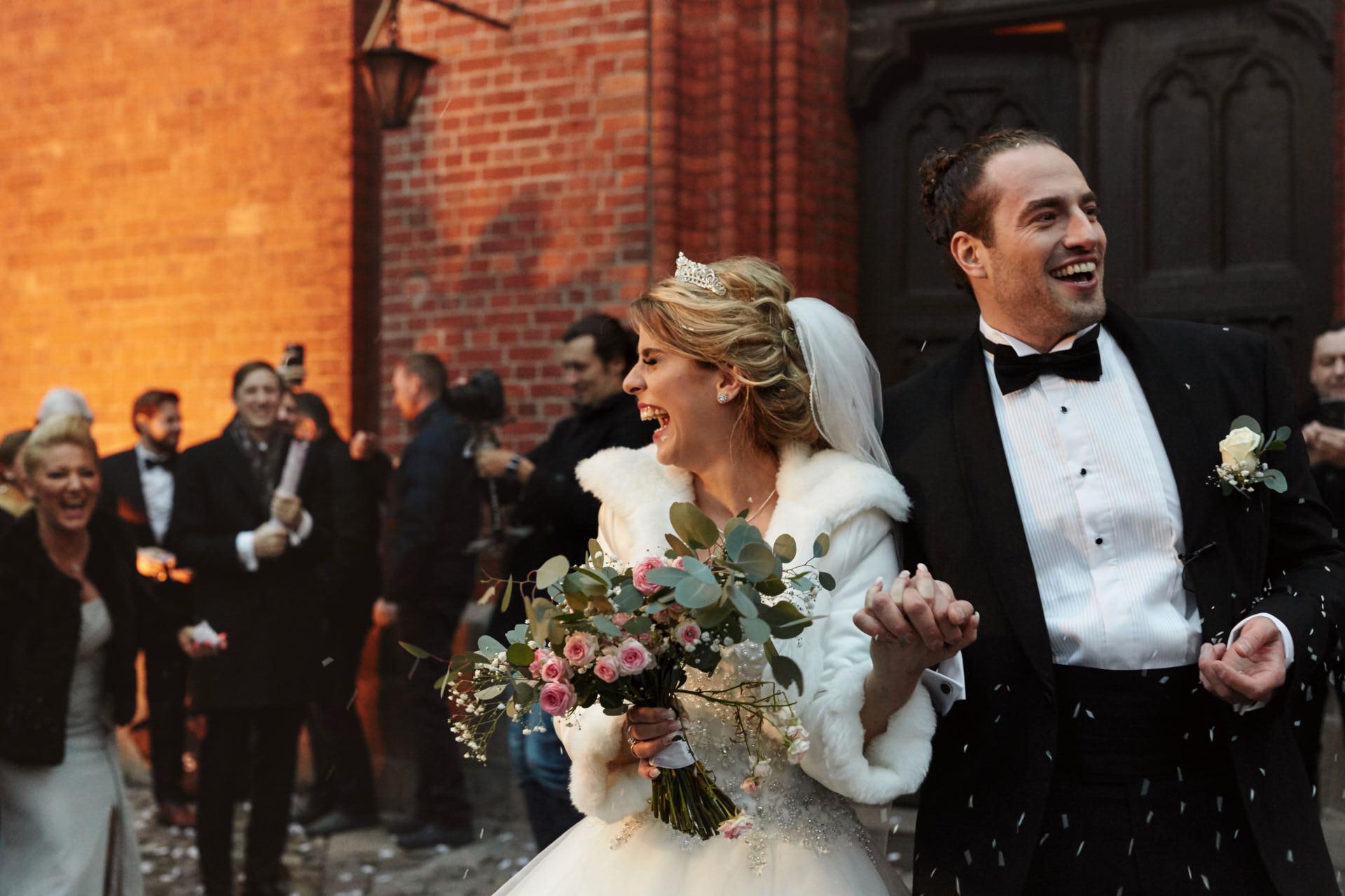 Na co zwrócić uwagę przy wyborze fotografa ślubnego w Szczecinie?