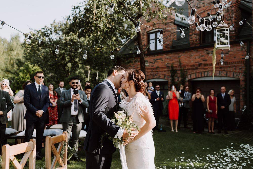 Jak znaleźć profesjonalnego konsultanta ślubnego w Poznaniu?