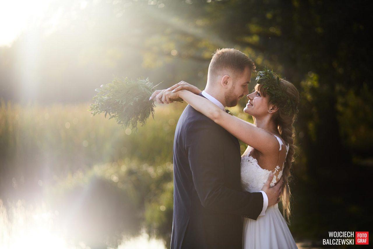 Jak wybrać najlepszego fotografa na ślub w Łodzi?